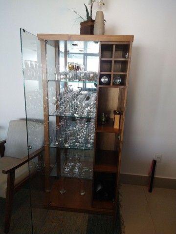 Cristaleira com adega de vinhos - Foto 3