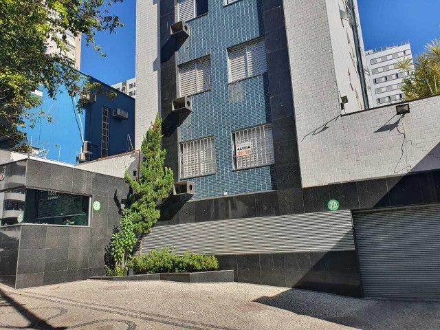 Vendo apartamento em excelente localização - Foto 2
