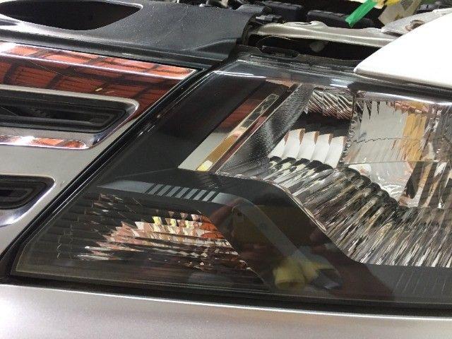 Restauração de faróis e lanternas automotivos com garantia de 1 ano. - Foto 15