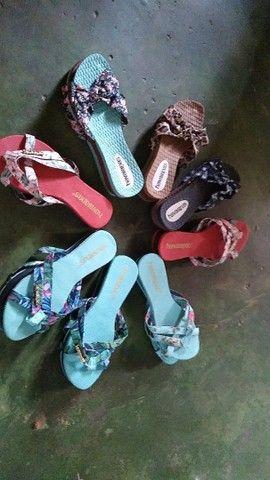 Vendo sandálias femininas novas - Foto 3