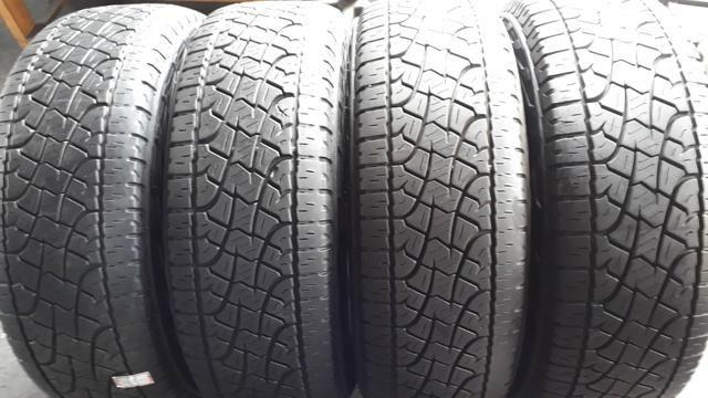 Quatro pneus 255/65/17 Pirelli Scorpion semi novo 1000.00