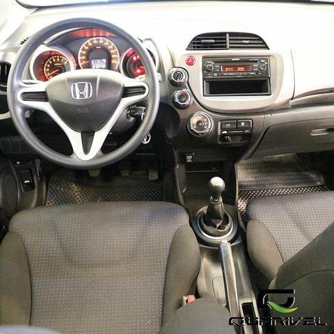 Honda fit 1.4 lx mecânico condições especias venhan conferir - Foto 5
