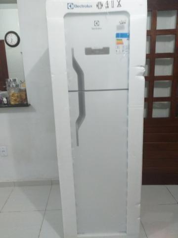Refrigerador Eletrolux DF41