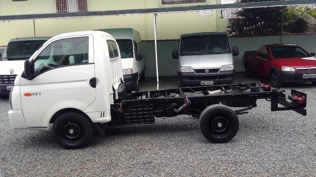 Caminhãozinho, Furgão - HR 2.5 Turbo Diesel, ano 2016, único dono, Joinville SC - Foto 13