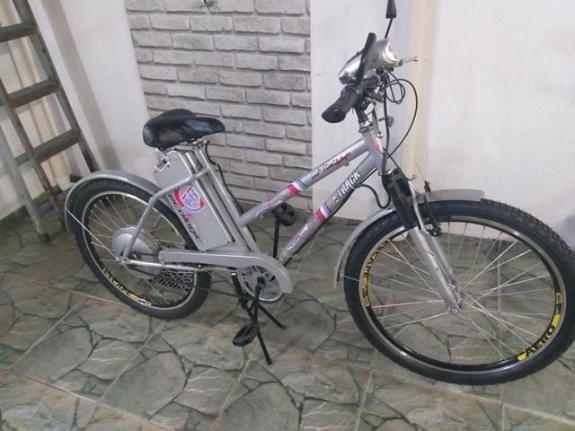 Bicicleta eletrica track