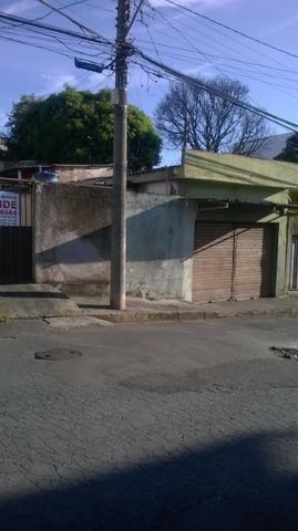 Lote de 360 m² com 3 barracões no bairro Jardim Industrial - Foto 4
