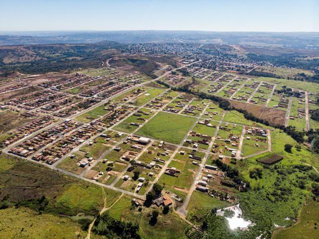 Lotes parcelados com infraestruturas completa - Foto 6