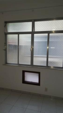 Aluguel Apartamento Glória, sala, quarto, banheiro, cozinha e garagem - Foto 12