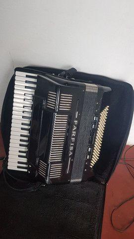 Sanfona acordeon Scandalli Farfisa