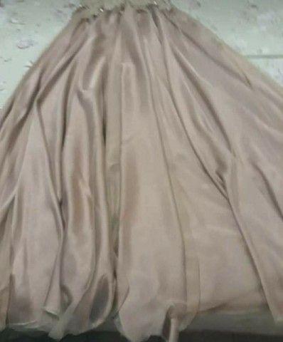 Vendo vestido na cor Nude - Foto 3