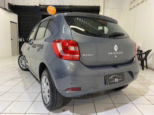 Renault Sandero Expression 1.6 2016 extra!! - Foto 3