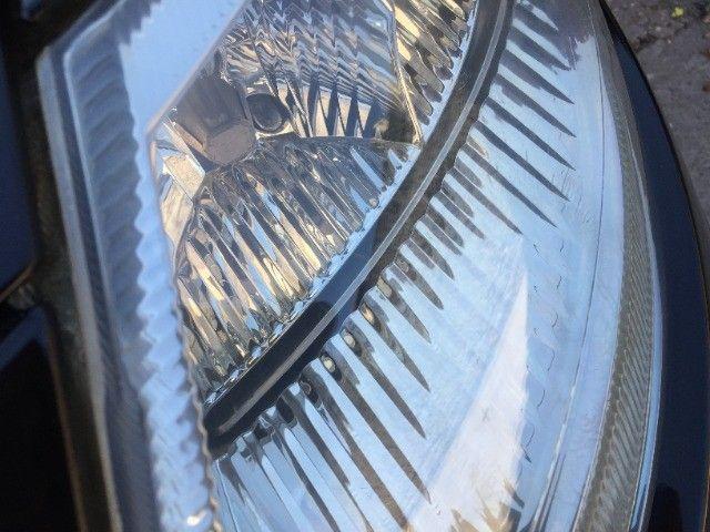 Restauração de faróis e lanternas automotivos com garantia de 1 ano. - Foto 11