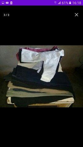 Vendo 9 calças e 8 camisas sociais - Foto 2