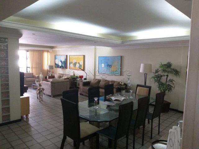 Hh331 apto Turmalina, 3 quartos , 170M, ampla varanda e 2 vagas garagem - Foto 6