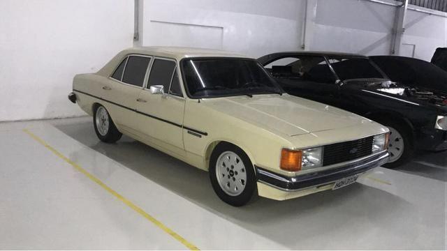 Opala Comodoro 1982