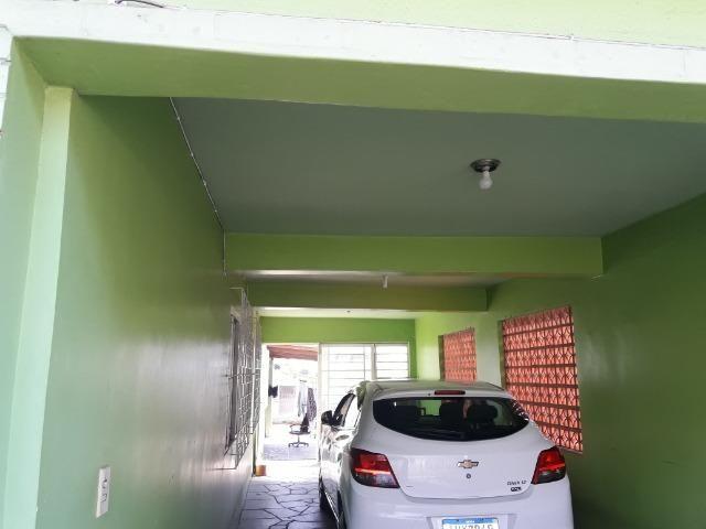 Alugo anual Execente casa de 5 dormitórios, com garagem ,piscina ;