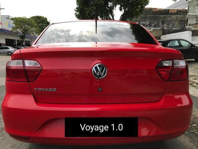 VW Voyage Trendline 1.0 2015 - Foto 4