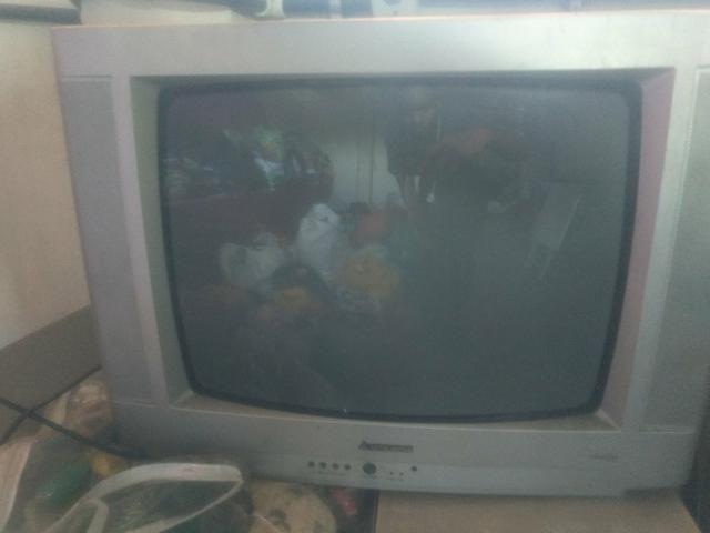 Vendo tv 21