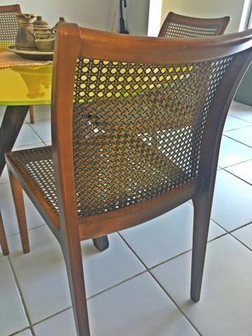 Lindíssima mesa de jantar e e vidro temperado - Foto 2