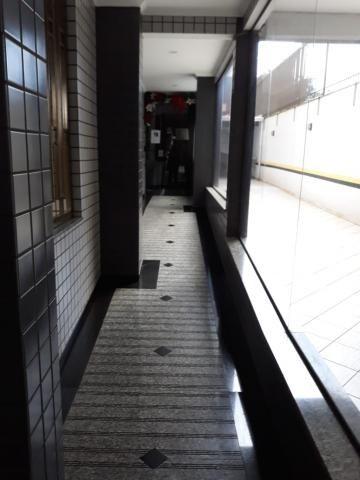 8009 | Apartamento para alugar com 3 quartos em Zona 07, Maringá - Foto 2