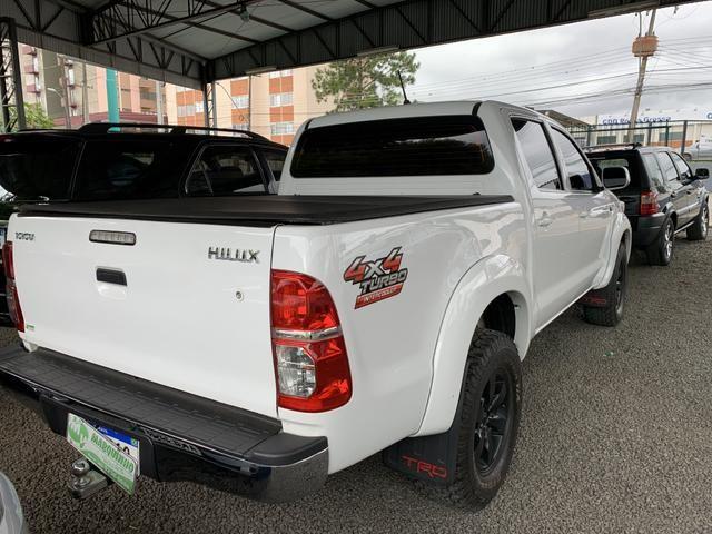 Toyota Hilux automática - Foto 2