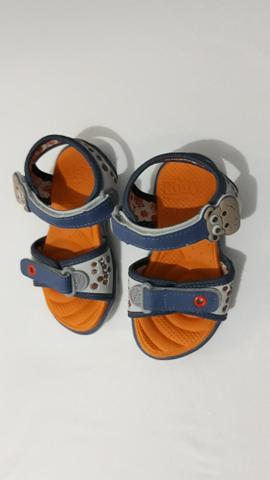 Sandália infantil pra menino - Foto 2