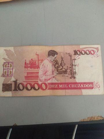 Cédula de 10.000 cruzados com imagem do biólogo Carlos Chagas - Foto 3