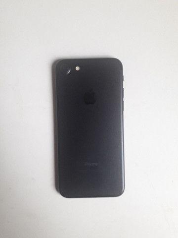 Iphone 7 128gb preto matte + Smart Battery/Capa Carregadora Apple - Foto 3