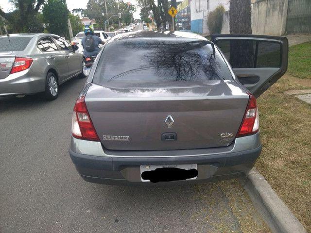 Clio Sedan 1.6 Completo - Foto 12