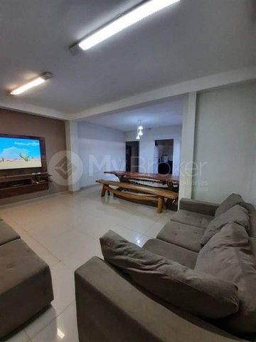 Casa sobrado com 3 quartos - Bairro Residencial Vale do Araguaia em Goiânia