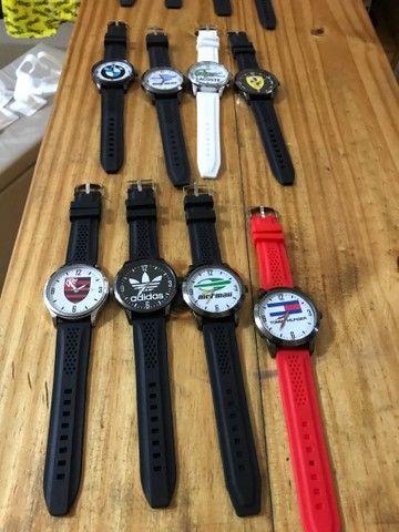 Relógio pulseira em borracha  - Foto 2