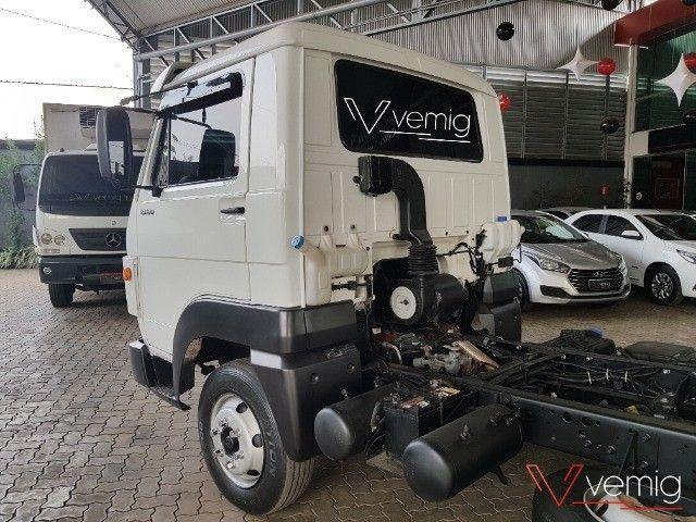 Caminhão 3/4 Volkswagen 10.160 Delivery 4x2 2014 - Foto 14