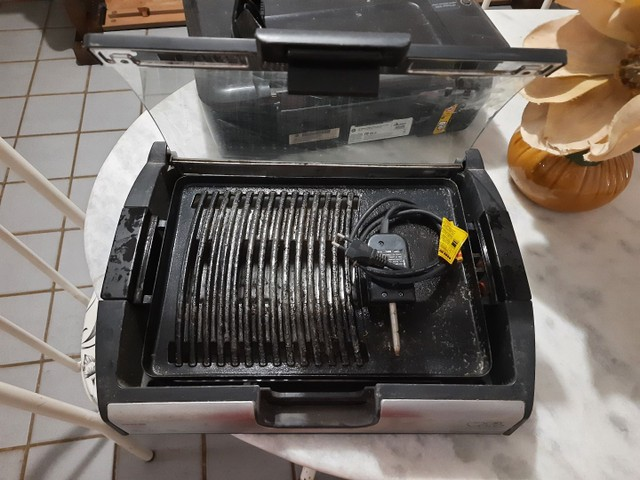 Churrasqueira Elétrica(Preço Negociável) - Foto 2