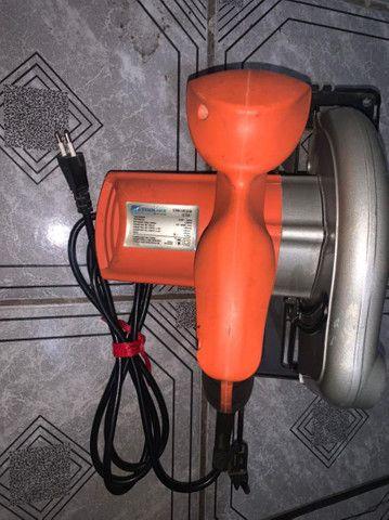 Vendo serra elétrica - Foto 2
