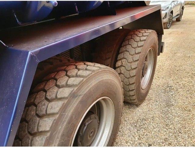 Caminhão 3344 6x4 CAÇAMBA TRAÇADO  - Foto 5