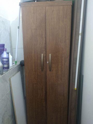 Vendo armário duas portas