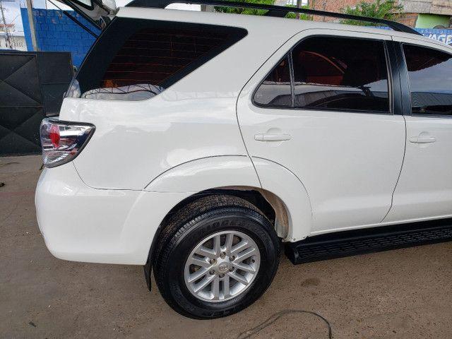 Toyota  Hillux SW4 DIESEL  SRV 4x4, Automático  - Foto 6