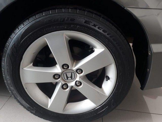 Honda Civic 1.8 LXS 16V GASOLINA 4P MANUAL - Foto 5