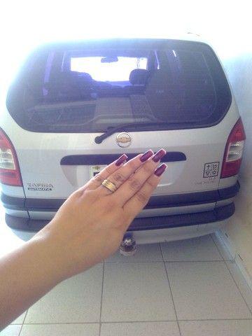 Vendo carro Zafira 7 lugares - Foto 2