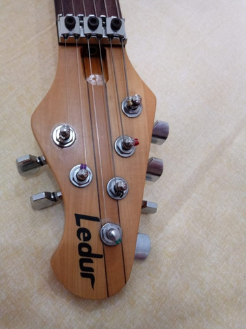 Guitarra Ledur Ponte Gotoh captção Sergio Rosar parcelo ML/avalio trocas - Foto 3