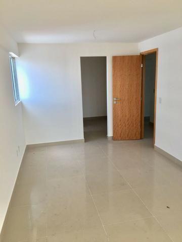 Apartamento Ed. Arnaldo Barbalho Simonetti - 3 suítes - Lagoa Nova - Foto 3