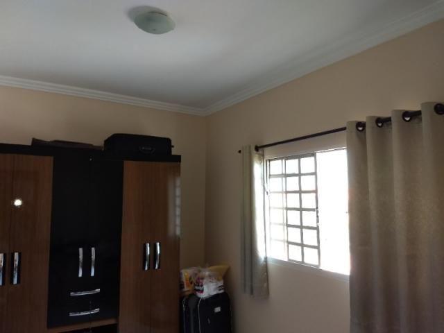 Sobrado 4 quartos Goiânia 2 - Foto 16