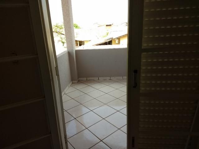 Sobrado 4 quartos Goiânia 2 - Foto 6