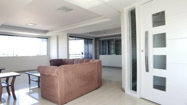 Apartamento na Kalilândia de alto padrão semi-mobiliado