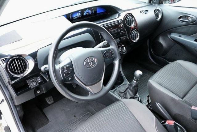 Toyota Etios Hatch XS 1.5 Flex 2017 - Foto 19