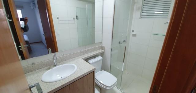 Apartamento Frente Mar, Mobiliado, 2 Quartos, Andar Alto, Balneário Piçarras - Foto 17