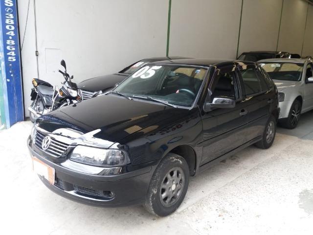 Volkswagem Gol GIII 2005 4 portas alcool - Foto 2