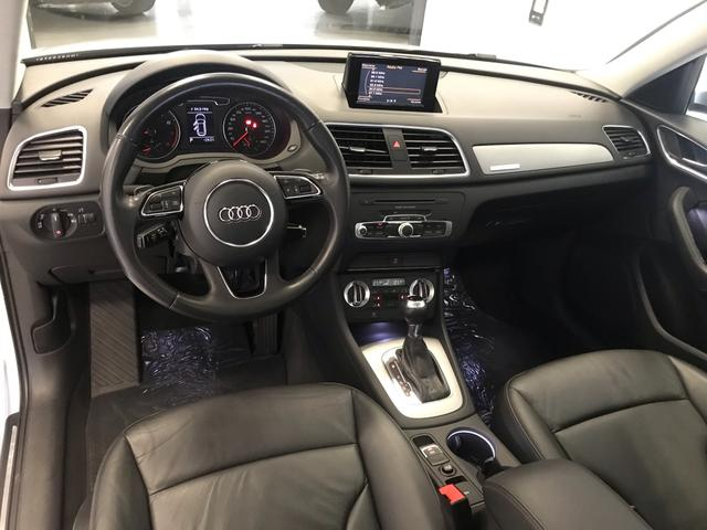 Audi Q3 Ambiente 2.0 TFSI Quatro 2013 - Foto 10