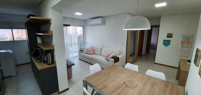 Apartamento Frente Mar, Mobiliado, 2 Quartos, Andar Alto, Balneário Piçarras - Foto 11