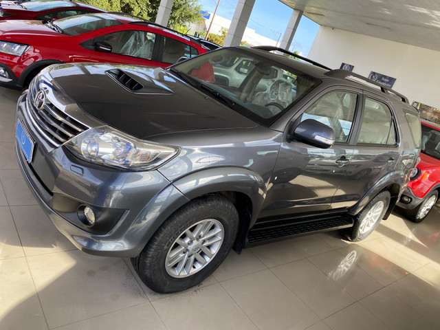 Hilux sw4 7 lugares - Foto 8